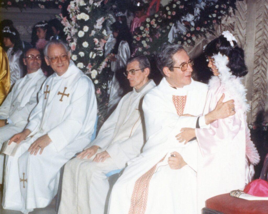 O então bispo auxiliar em uma Celebração na Catedral.